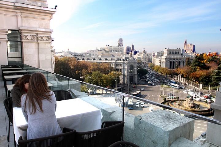Experiencias de un polo experiencia 13 de terrazas por for Edificio correos madrid